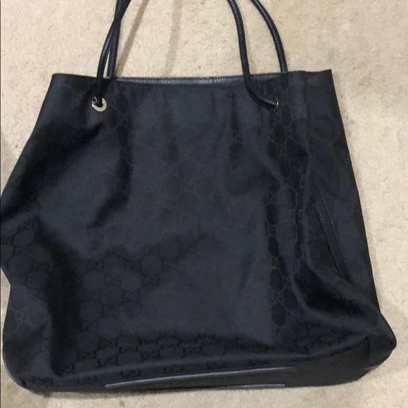 c6133d1cf8e1 Gucci Bags   Preloved 257271 Xl Gifford Nylon Shopper   Poshmark